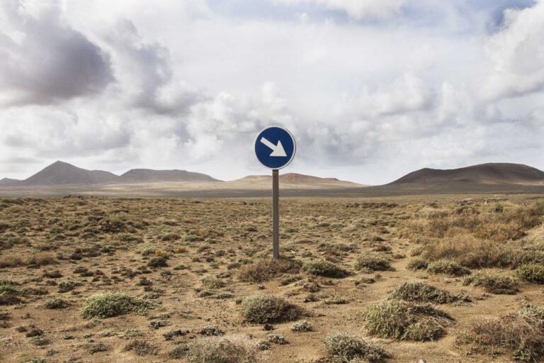 por aquí desert
